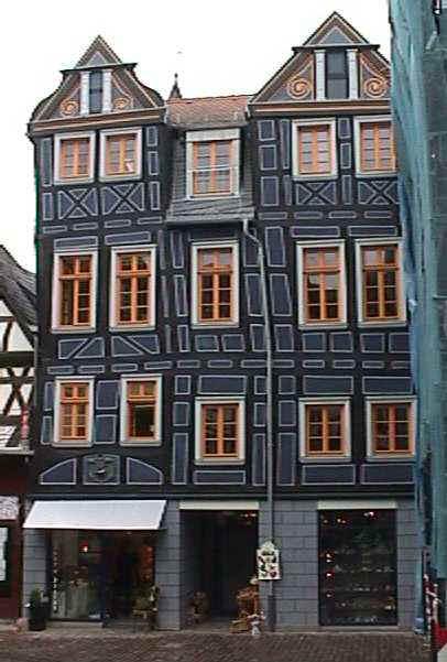 scheef huis in Idstein