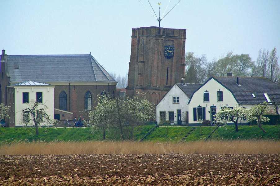 oude NS wandeling Linge,   kerk van Acquoy
