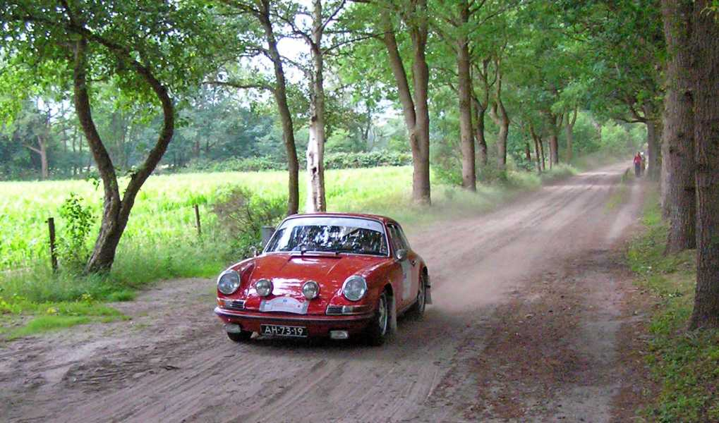 21e Kennedymars van TIGO te Steenwijk van 20 op 21 juni 2008  een Porsche 911T uit 1971