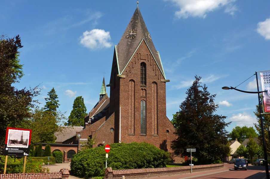 Kempische wandeldagen 2012  RK Martinus kerk te Heeze
