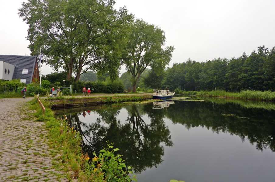Kempische wandeldagen 2012  langs het Eindhovens kanaal