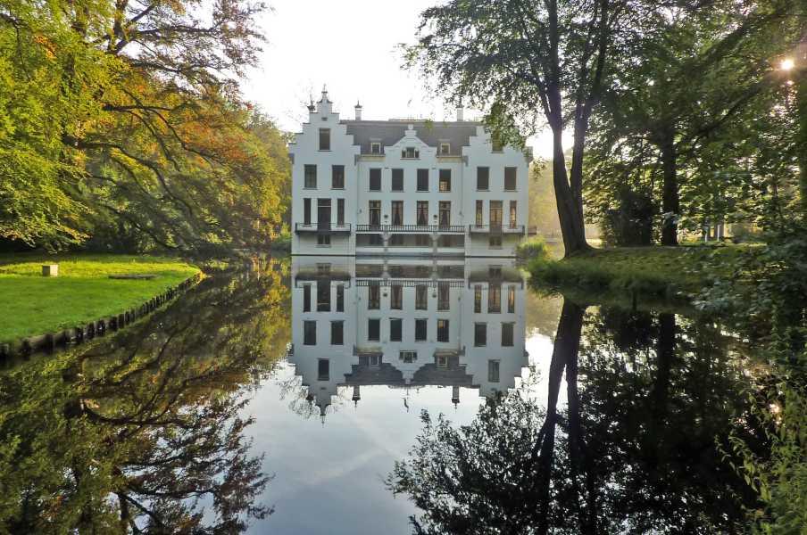 NS wandeling Leuvenumse beek  kasteel Staverden
