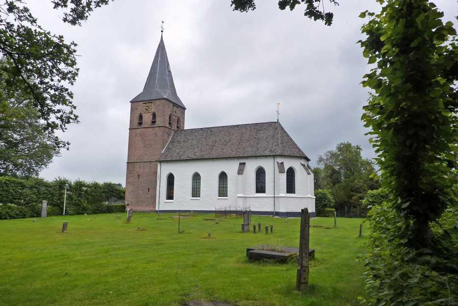 3e Toeractief Vechtdal vierdaagse 2011  Witte of Lambertus kerk Heemse