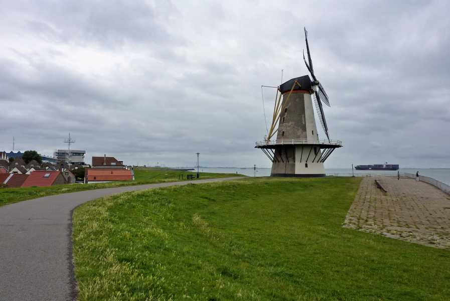 NS wandeling Kaapduinen Vlissingen-Zoutelande-Westkapelle  Oranjemolen te Vlissingen