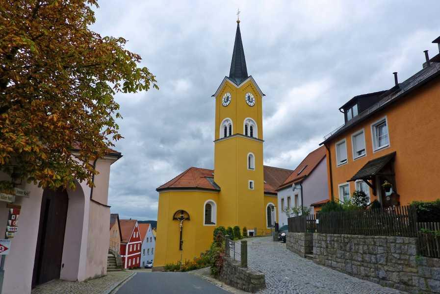 Burgenweg  St. Margarethakerk te Leuchtenberg