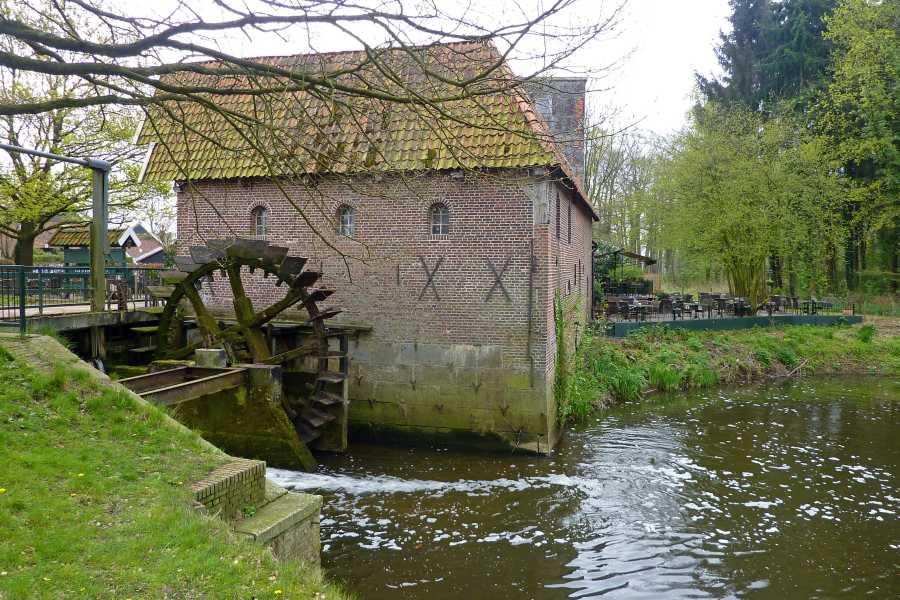 NS wandeling Bekendelle van Winterswijk naar Aalten  watermolen Berenschot  te Winterswijk