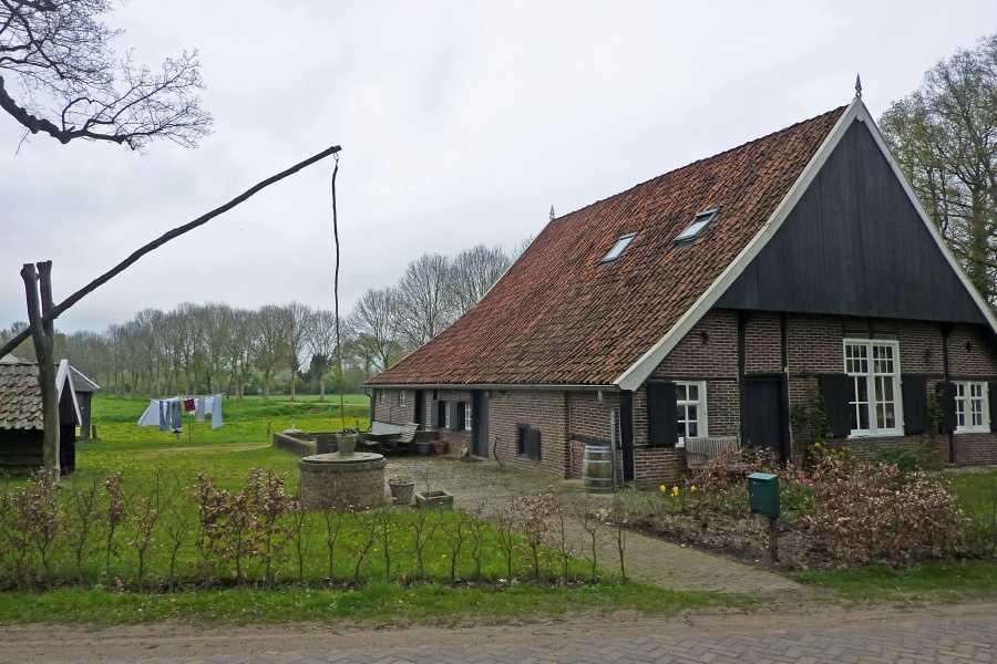 NS wandeling Bekendelle van Winterswijk naar Aalten  langs de Walfortlaan