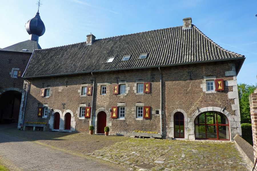 Met de Ronde van Zuid-Limburg 2012  bij kasteel Cortenbach