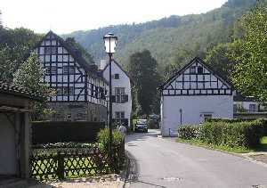 tijdens de Europäischer Fernwanderweg E8, Simonskall