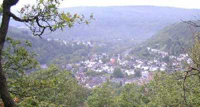 tijdens de Europäischer Fernwanderweg E8, Heimbach
