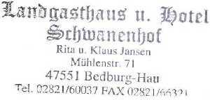 tijdens de Europäischer Fernwanderweg E8, Landgasthof Schwanenhof te Bedburg-Hau