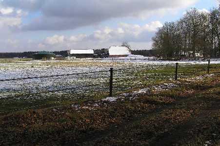 Met de FLAL-De Moere-tocht  vanuit Grolloo, Drenthe; boerderij in het Drouwenerveld,  langs de N857