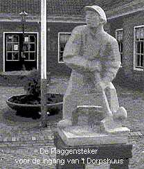 standbeeld van de Plaggensteker te Hoenderloo