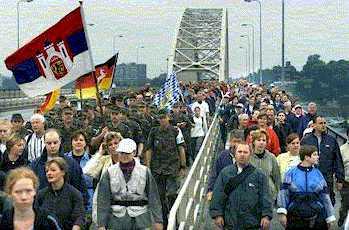 op de Waalbrug in Nijmegen