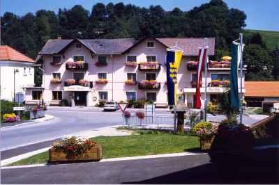Gasthof Schwarz Tauchen